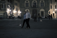 ... e quindi uscimmo a riveder le stelle (Orione59) Tags: street people urban canon florence bokeh candid streetphotography cinematic ef135mmf20 5dmk3 orione1959 orionephotographer