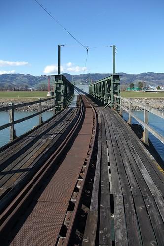 Border bridge closed