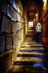 Aljibe de la Alcazaba - Merida (mgarciac1965) Tags: aljibe escaleras textura tunel luz merida badajoz españa spain nikond5200