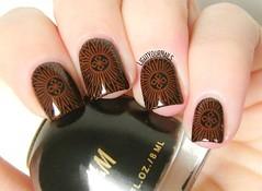 Mandala stamping (Simona - www.lightyournails.com) Tags: bornprettystore bps nails nailpolish nagellack naillacquer nailart nailstamping stamping hm black red smalto esmalte vernis manicure unghie