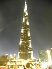 Burj Khalifa by night (nikkieensophie) Tags: show night dubai fontain torens fontein fonteinshow burjkhalifa