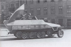"SdKfz 251 (4) • <a style=""font-size:0.8em;"" href=""http://www.flickr.com/photos/81723459@N04/9508381620/"" target=""_blank"">View on Flickr</a>"