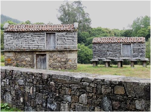 3333-Horreos no Pazo do Allo en Zas (Coruña)