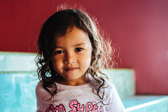 I_13_2_Inderason-57.jpg (Mohd Shukur Jahar) Tags: life girls friends kids backlight children fun happy photography child emotion expression memory expressive hugs fujinon backlighting kudat relation fujifujifilm xpro1 xtrans dpsbacklight fujifilmxpro1