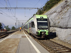 Hohten (mostlybytrain) Tags: train schweiz suisse loco emu locomotive bls valais loetschberg blscentenary