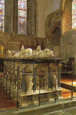 Inside_Cobham_Church