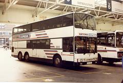 Shamrock&Rambler-118-Britannic-B118ORU-VCS-021186a (Michael Wadman) Tags: victoria britannic metroliner victoriacoachstation mcwmetroliner shamrockrambler b118oru