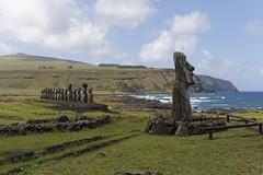 Ahu Tongariki 30646_DxO (photostudio63 photographe clermont ferrand) Tags: travel horizontal chili circuit moai voyages rapanui isladepascua 2014 amériquedusud amériquelatine îledepâques photostudio63 photographeclermont63fr photostudio63fr photographeclermont63com photostudiocom thierrytavarès
