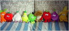 Vegetables. (Marty_0722) Tags: fruits vegetables banana sofa frutta divano pomodoro carota aglio fragola mela peluches fico pera fungo verdura pupazzi