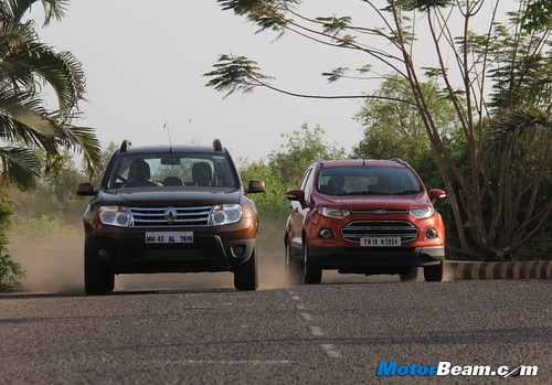 Ford-EcoSport-vs-Renault-Duster-01