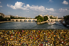 Enchain my heart... (Michel Couprie) Tags: bridge paris france love water seine clouds canon river eos boat cadenas eau rivedroite sigma wideangle 7d pont michel 1020mm nuages notredamedeparis rivegauche pontneuf padlocks amoureux fleuve bateaumouc