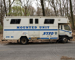 PMU NYPD Mounted Unit Horse Transporter, Queens, New York City (jag9889) Tags: county city nyc blue horses ny newyork truck cops police nypd company queens mounted borough pmu trailer mu mack fdny department officer lawenforcement finest unit 2011 firstresponders newyorkcitypolicedepartment y2011 jag9889