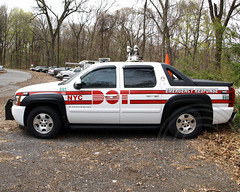 NYC DOT Emergency Response Vehicle, Queens, New York City (jag9889) Tags: city nyc ny newyork chevrolet car truck automobile dot queens chevy transportation vehicle emergency response avalanche departmentoftransportation 2011 cunninghampark nycdot y2011 jag9889