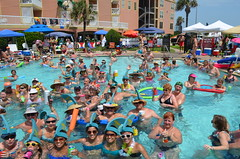 2013 rits sat pool party (20)