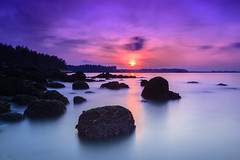 Purple Dawn (JVlarcus) Tags: longexposure sunset purple peaceful haida tianya punggolbeach flickrstruereflectionexcellence