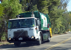 WM Garbage Truck (Photo Nut 2011) Tags: california trash volvo garbage junk sandiego wm waste refuse sanitation garbagetruck wastemanagement trashtruck wastedisposal 361618
