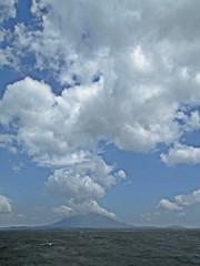 Sailing Lago de Nicaragua - Goodbye to Ometepe (zorro1945) Tags: clouds sailing nicaragua centralamerica ometepe centroamerica lakenicaragua islaometepe volcanconcepcion lagodenicaragua