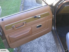 Kiwi Ford Cortina MK3 GXL 1974 (Ale06) Tags: newzealand brown classic sedan kiwi trim saloon marron clasico nuevazelanda mk3 fordcortina doorcard fordtaunus gxl tapizado