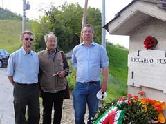 John Simkins, Antonio  Millozzi, Ian McCarthy at Riccardo Funari's monument