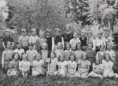 Norra ngby Folkskola, klass 3, vrterminen 1941 (Olle Sundh) Tags: stockholm norra skola klass bromma svv skolfoto ngby folkskola skolbarn vultejusvgen