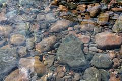 Crystalline (Mamluke) Tags: lake water minnesota rock stone lago see rocks aqua eau meer wasser pierre lac superior clear northshore acqua pietra stein lakesuperior steen piedra crystalline leau mamluke