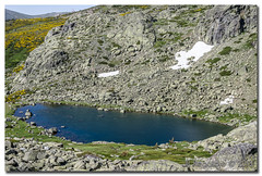 _JRR2763 (JR Regaldie Photo) Tags: mountain snow rocks nieve lagunas sierrademadrid peñalara jrregaldiephoto