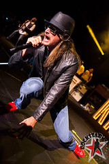176032254SL014_Kid_Rock_And
