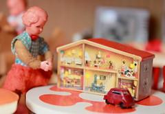 Sabine (*blythe-berlin*) Tags: orange vintage göteborg toys furniture gothenburg 70s möbel byebye spielzeug dollhouse puppenhaus lundby cacodolls biegepuppen doll´shouse 70zigerjahre