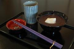 Oshiruko (Sweet red-bean soup with mochi) (Tokyo Views) Tags: food japan japanese tea chopsticks sweets mochi kanazawa ishikawa japanesestyle lacquered wajimanuri