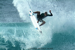 Ian Gentil - grab air reverse (Aaron Lynton) Tags: ian surf air maui surfing reverse hurley gentil hookipa airreverse iangentil