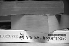 Le Thomas — Paris, 27 février 2014 (Stéphane Bily) Tags: blackandwhite bw paris noiretblanc thomas books nb libros français livres lange dictionnaire larousse difficultés stéphanebily