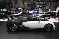 Bugatti Veyron by Manzory