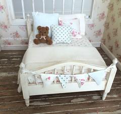 Vintage bed (*Joyful Girl ♥ Gypsy Heart *) Tags: