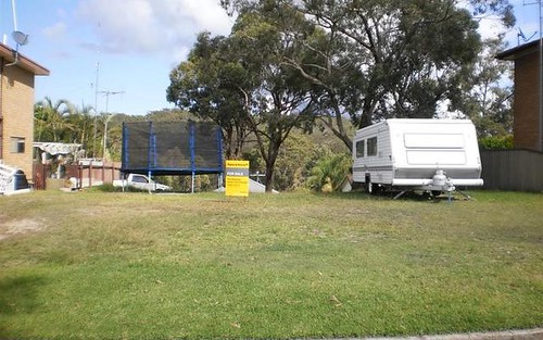 33 Whitbread Drive, Lemon Tree Passage NSW 2319