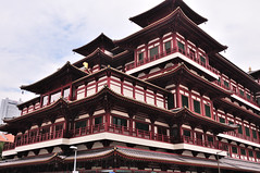 Singapore - Chinatown 8 (philk_56) Tags: singapore chinatown buddah tooth relic temple museum