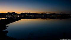 Anocheciendo con vistas al aeropuerto (oscaribz) Tags: sunset lights ses salinas ibiza eivissa aeropuerto reflejos salines
