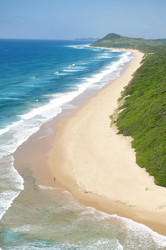 White Pearl - Kilometres of pristine beach