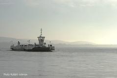 Le traversier actuel Hudson-Oka. /The new Hudson-Oka ferry (Pentax_clic) Tags: morning mist june fog boat juin pentax quebec transport hudson bateau barge brouillard brume matin kx robertwarren