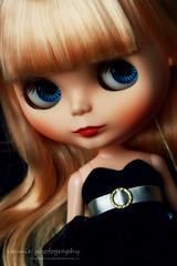 I love her make up :-)