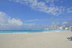 "Cancun Beach • <a style=""font-size:0.8em;"" href=""http://www.flickr.com/photos/36070478@N08/10255695065/"" target=""_blank"">View on Flickr</a>"