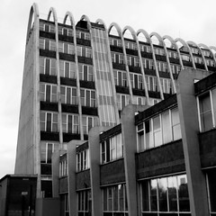 The Toast-rack, Manchester II (Twizzer88) Tags: uk greatbritain england bw building architecture manchester concrete university britain modernism lancashire modernist fallowfield mmu unitedkingom toastrack greatermanchester hollingsbuilding manchestermetropolitanuniversity universitycampus