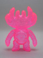 Shirahama x Astro Zombies (The Moog Image Dump) Tags: pink monster toy skull spider vinyl astro clear zombies exclusive kaiju shirahama kumon unpainted sofubi 2013 クモン アストロゾンビーズ