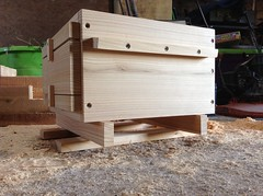 Warre Beehive Hive inspection stand