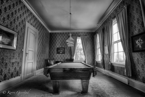 old classic beautiful vintage natural billiard pooltable hdr niksoftware {vision}:{street}=0551