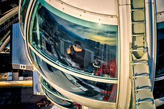Focus On, Pod No.10 (Stefan Schafer) Tags: lasvegas machine pod capsule wheel up pov rotation ferriswheel highroller height inside people reflection person man nikon d750 photographer nevada