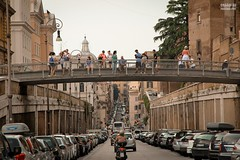 Streets of Rome (Chaoqi Xu) Tags: street city travel italy rome roma canon photography eos strada italia colore foto fotografia    viaggio   xu citt          600d  2013 chaoqi
