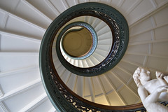 View to An Ascent (.Eromi) Tags: architecture spiral nikon maryland stairwell staircase classical mtvernon straightup spiralstairwell peabodyinstitute
