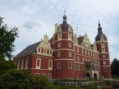 Neue Schloss, Bad Muskau (André-DD) Tags: park castle germany deutschland saxony sachsen schloss badmuskau fürstpücklerpark neueschloss