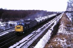 78 018 180278 Pilmoor 40061 (The KDH archive) Tags: railway 1978 class40 40061 pilmoor d261