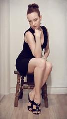 thinking (iluminadora) Tags: woman selfportrait texture textura mujer chair legs silla autorretrato thethinker piernas pensador p40 pensadora project40 skeletalmess